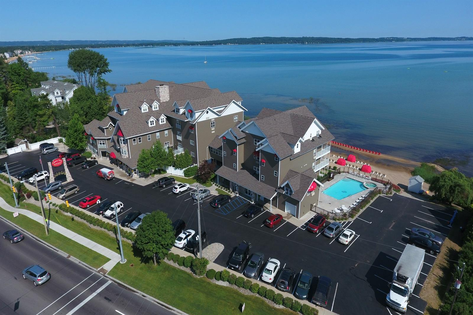 Aerial view of Cherry Tree Inn & Suites Hotel in Traverse City Michigan